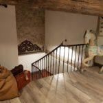 photo de la cage d'escalier du loft à louer pour cure et vacance à Lamalou les Bains