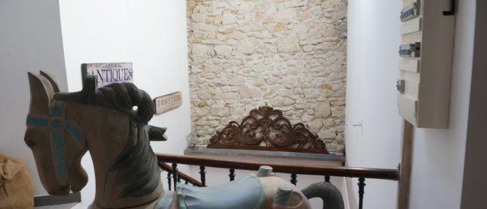 photo de la cage d'escalier du Loft à louer à Lamalou les bains (curiste et vacance)