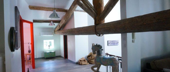 Photo de l'entrée du Loft pour curiste et vacancier à Lamalou les Bains
